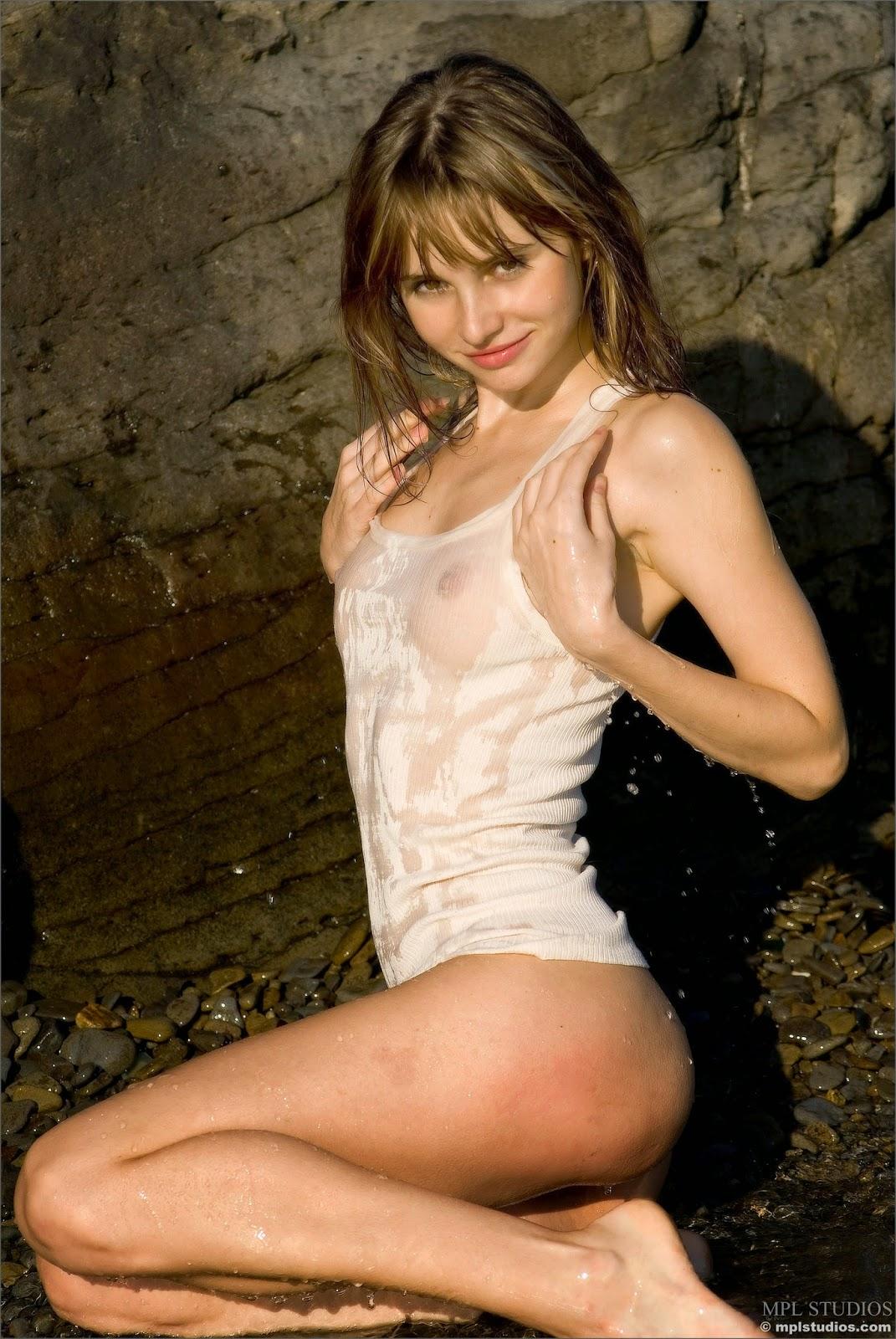http://2.bp.blogspot.com/-BIwkbwfTW5Y/VPX_ECd9VjI/AAAAAAAAJ00/RBpy58xHgDA/s1600/4450037.jpg