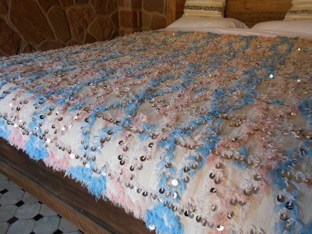 H334 Lovely Vintage Moroccan Wedding Blanket Handloomed With A Background In Light Beige And Ivory Striping Decorated Pale Blue Soft Pink Tufted