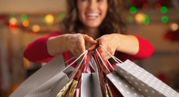 Dívidas com compras de Natal de 2015 deixaram dois em cada dez inadimplentes