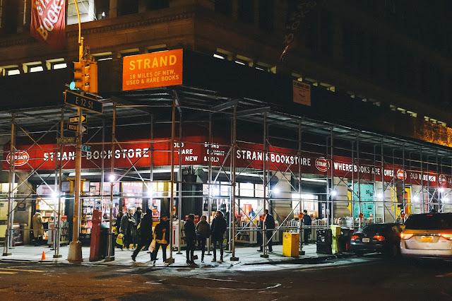 ストランド・ブック・ストア(Strand Book Store)の外観