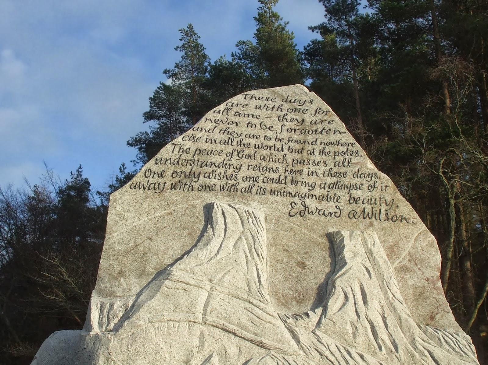 detail of scott memorial sea penguin 23/01/14