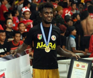 Rudolf Yanto Basna Akan Bergabung Ke Persib Bandung?