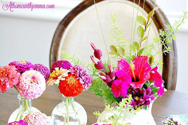 Decorating, inspiration, Summer, zinnias, colorful blossoms