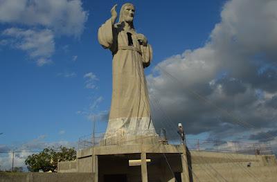 Campina Grande ganha monumento de Jesus Cristo com 21 metros de altura