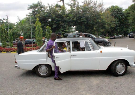Senator Dino Melaye spotted driving around in newly acquired 1958 Model Benz cars (photos)