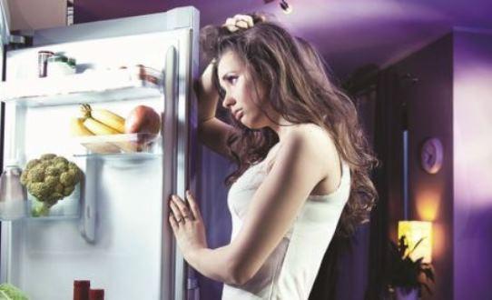 دراسة علمية جديدة تناول العشاء في وقت متأخر ليس أمرا سيئا.
