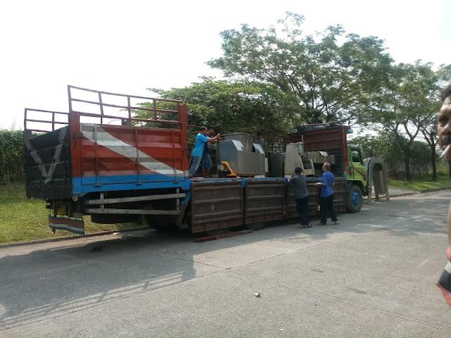 Sewa Truk Tangerang ke Surabaya
