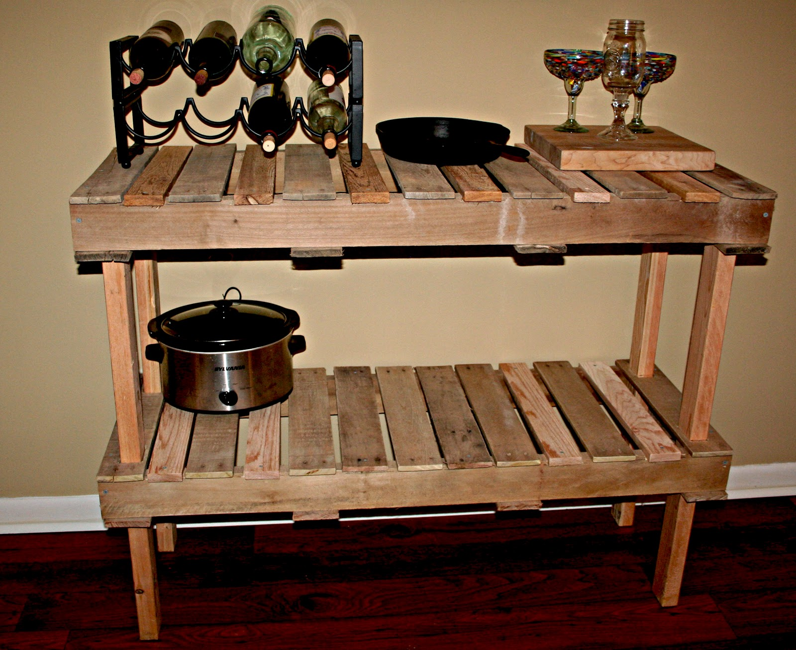 Diy Table Palette Palette Console Table Diy Homemaker In Development