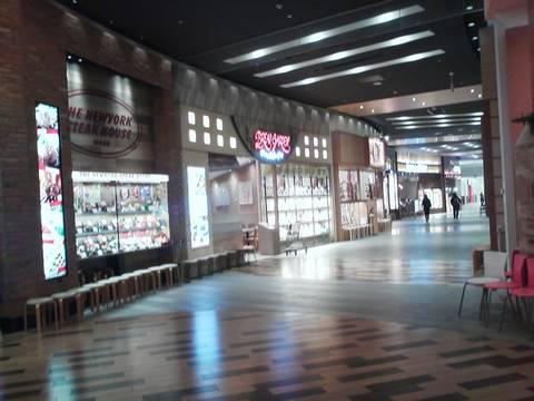 外観1 ブレッドガーデンmozoワンダーシティ店