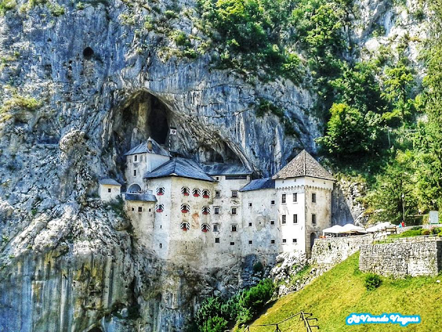 Castelo de Predjama, Eslovênia