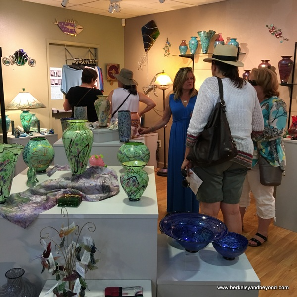 gift shop at Lindsay Art Glass in Benicia, California