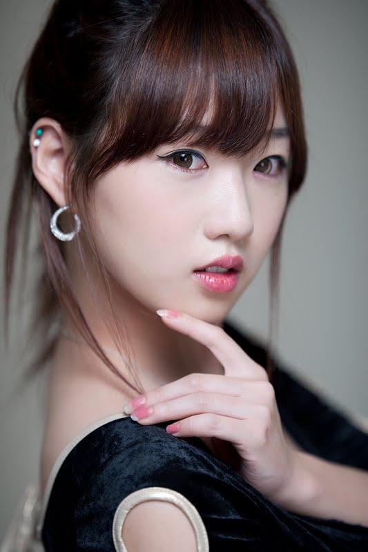 Cleavage Yang Mi nude (56 photo) Feet, YouTube, cleavage