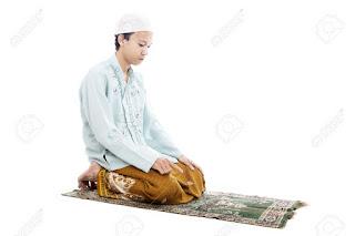 le, pen, marine, front, national, islam, musulman, mosquée, mosque, daech, prière, tapis, teppich, muslim, rue, marion, maréchal, philippot, florian