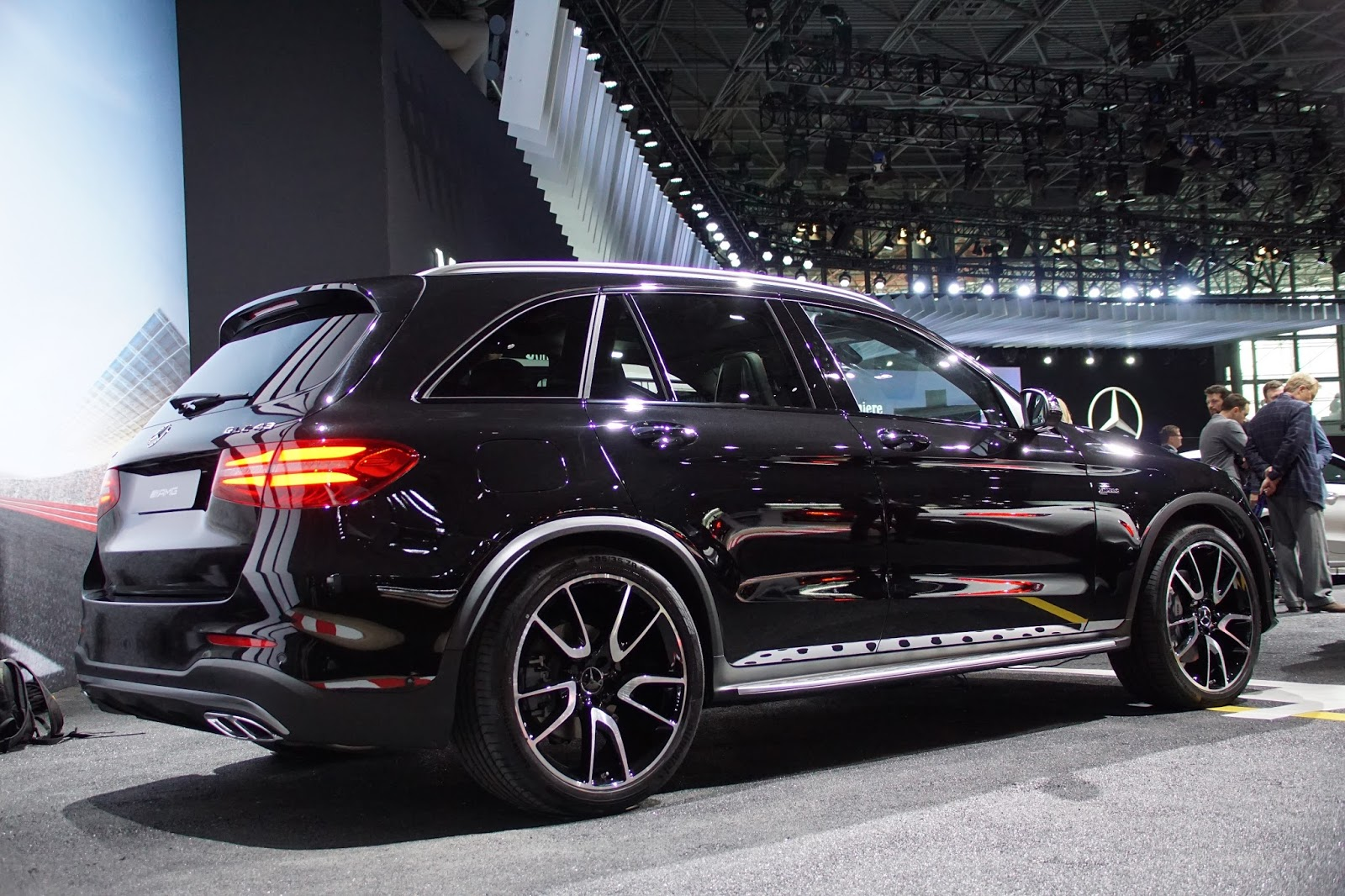 Nyheter new york auto show mercedes glc coupe og amg for Mercedes benz york pa