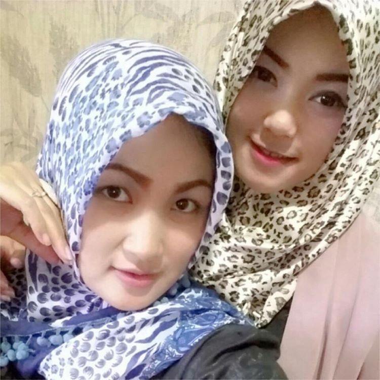 Koleksi Hot Foto Sintya Riske Penyanyi Koplo 2016