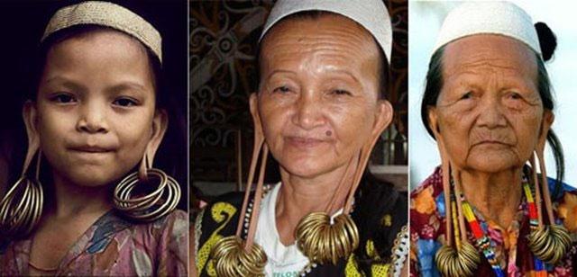 Suku Dayak Kuping panjang