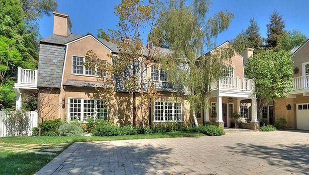 British singer Adele buys N3.2bn house in the United States Of America