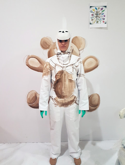 Flesh and Acrylic - Ankamall Live Performance - Ben Heine Art - Teddy Bear - Invisible Model