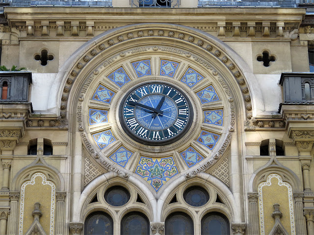 La grande horloge, the big clock, rue Réaumur, Paris