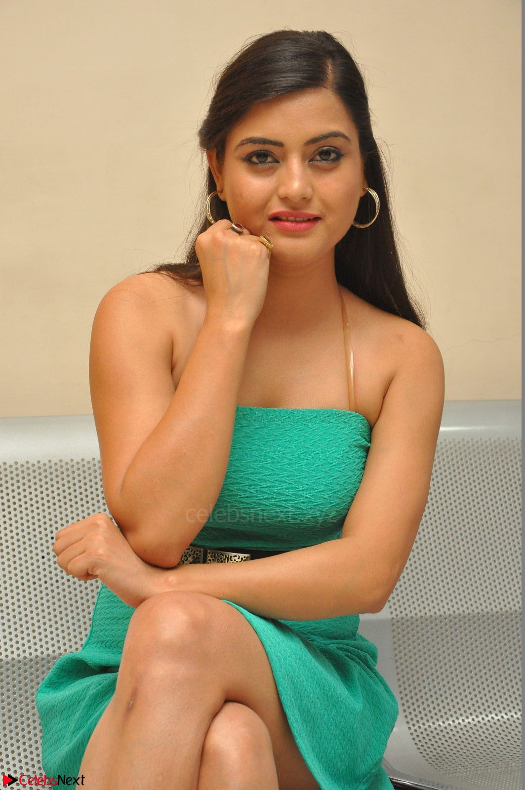 Shipra Gaur in a green tight small dress at Baby movie Audio ...