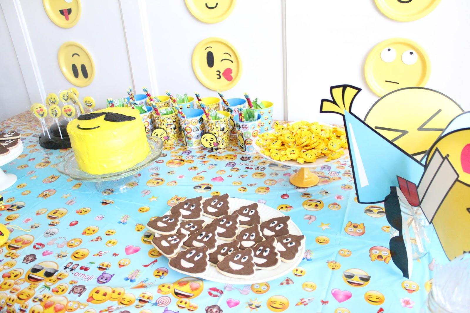Emoji Birthday Party Diy 50 Diy Emoji Craft Ideas That Will Put A