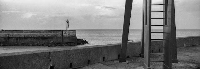 La sortie de la rade de port en Bessin