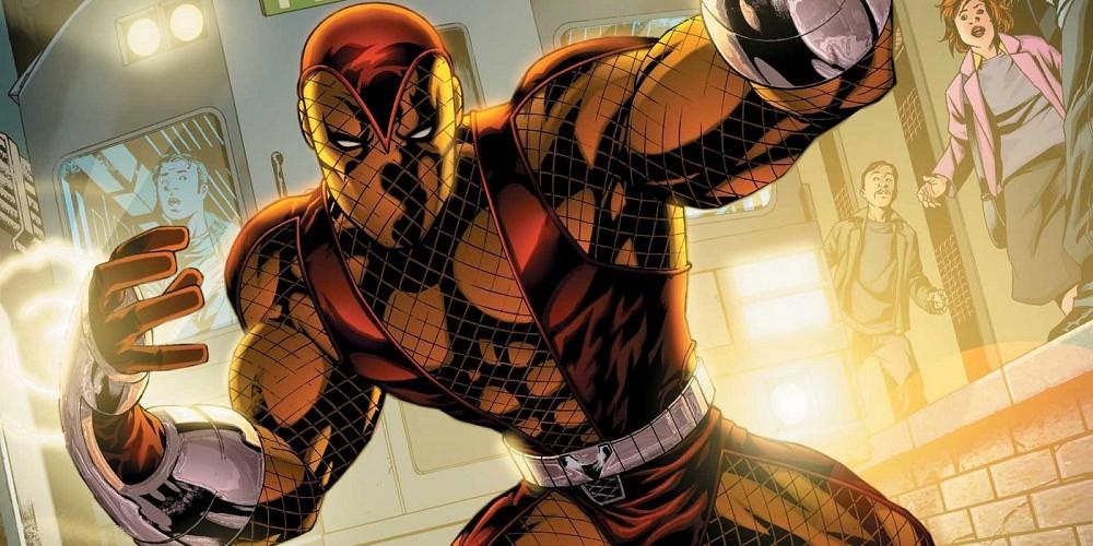 Spider-Man  Homecoming má třetího záporáka 376b6250917