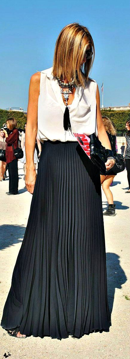 Black Pleated High Maxi Skirt