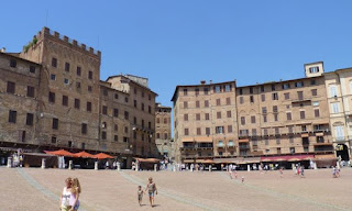 Siena, Plaza o Piazza del Campo.