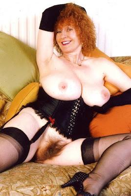 nonna matilda 72 anni porno pensionata tette enormi figa pelosa