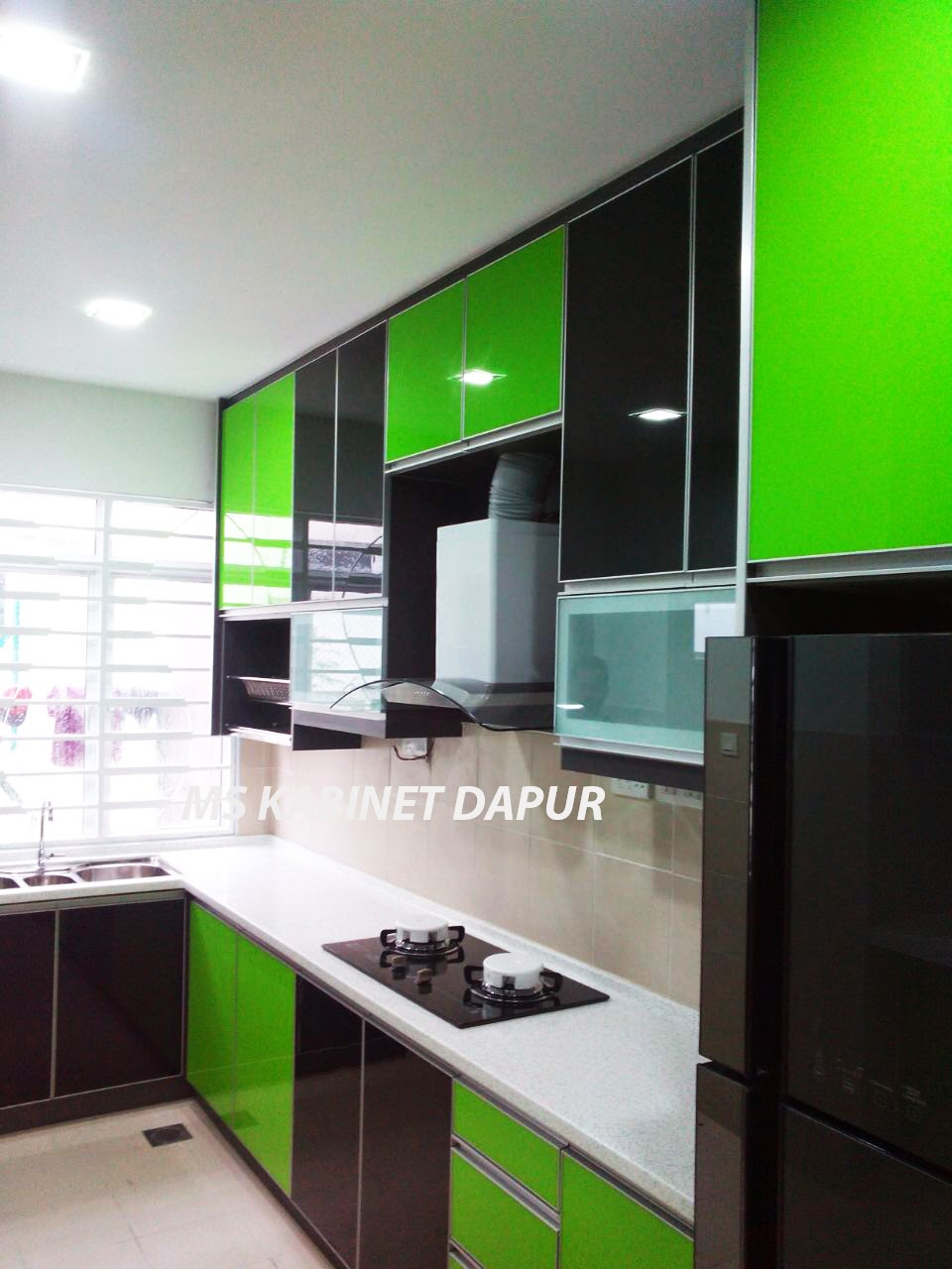 Kitchen Cabinet 3g Gl