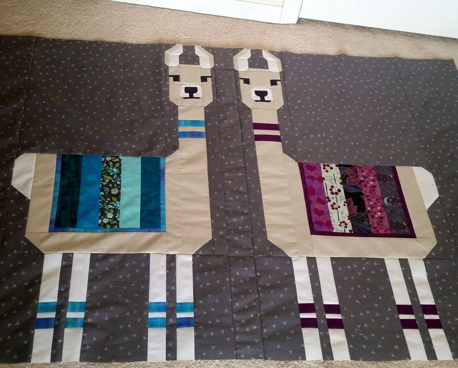 Mountain Quiltworks Llamas Are In The Building
