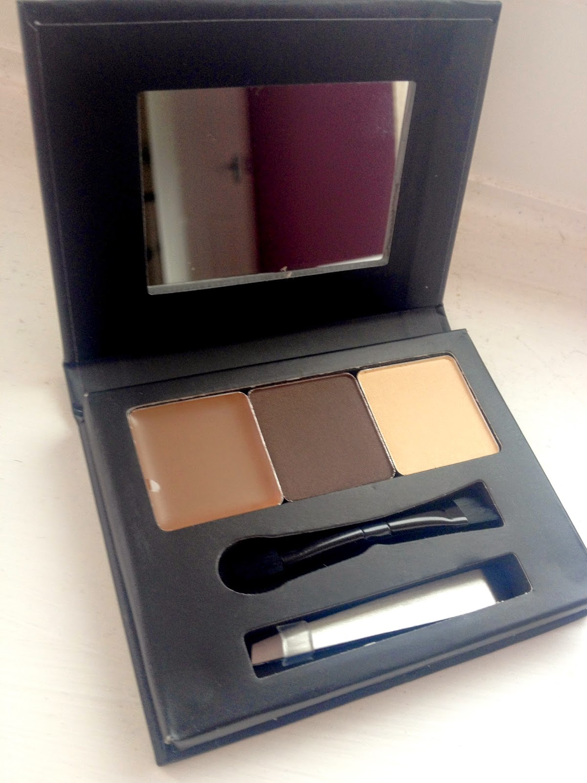 Barry M Brow Kit | DollfaceBlogs