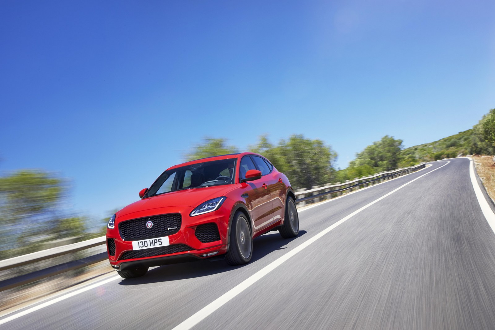 jaguar e pace does a record breaking barrel roll at its debut. Black Bedroom Furniture Sets. Home Design Ideas