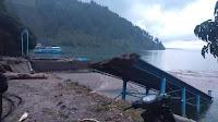 Akibat Banjir Bandang  Jembatan dan Pelabuhan di Samosir Rusak
