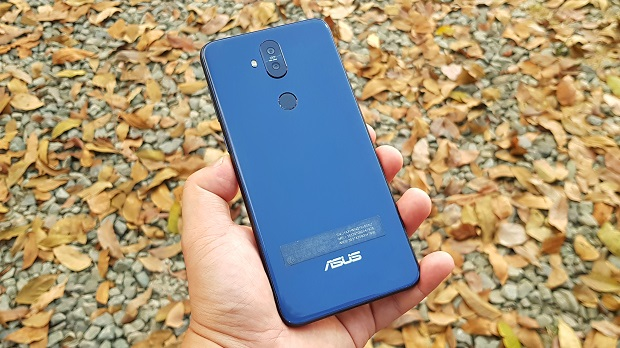 ASUS Zenfone 5Q Unboxing, First Impressions, Antutu, Sample Photos