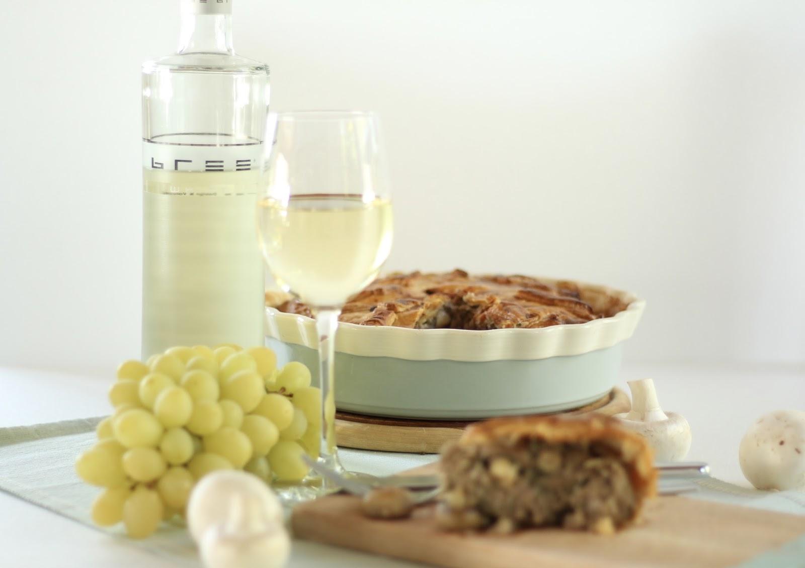 Köstliche Winzerpastete mit Bree Wein