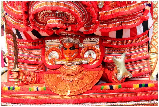 Theyyam From Valliyottu Tharavadu