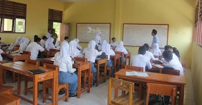 Tantangan Guru Sekolah Menengah (SMA/SMK)