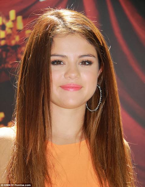 latest hairstyles selena gomez