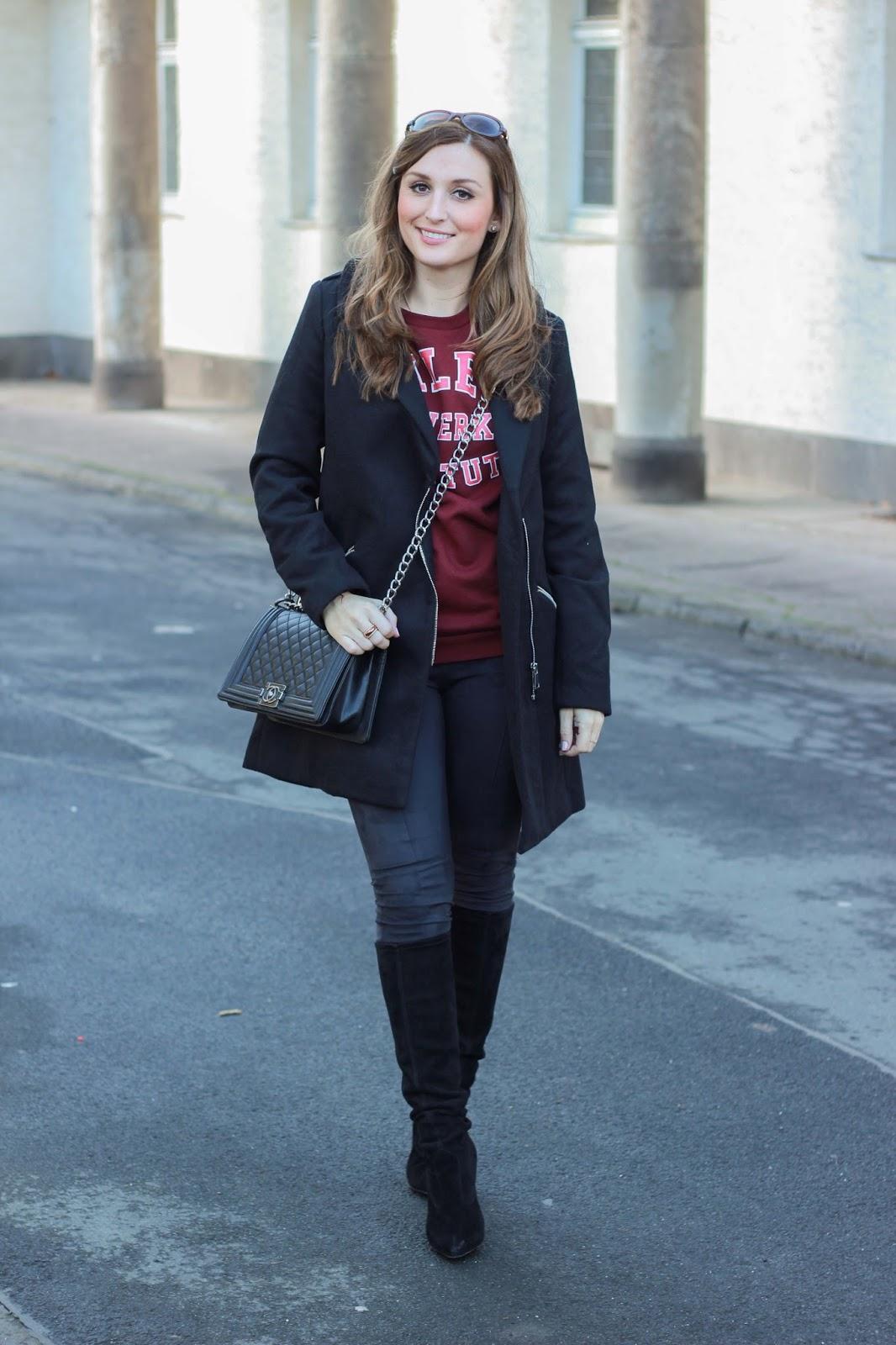 Fashionstylebyjohanna - Fashionblogger aus Frankfurt - Frankfurter Fashionblogger - Rad Pullover - Streetstyle mit Hoddie - Hoddie Streetstyle