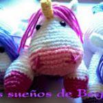 http://sueniosdebegga.blogspot.com.es/2015/06/unicornio-magico-amigurumi.html