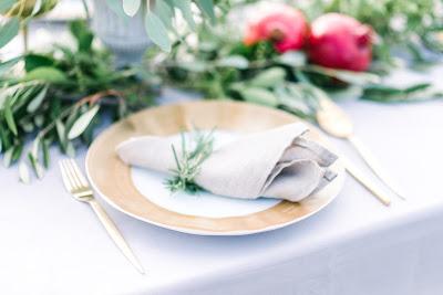 d3e1f54107 Összefogtunk néhányan, hogy bemutassuk nektek, a mi szívünknek oly kedves,  igazi dolce vita életérzést és mediterrán stílusú esküvői dekorációt <3 az  őszi ...