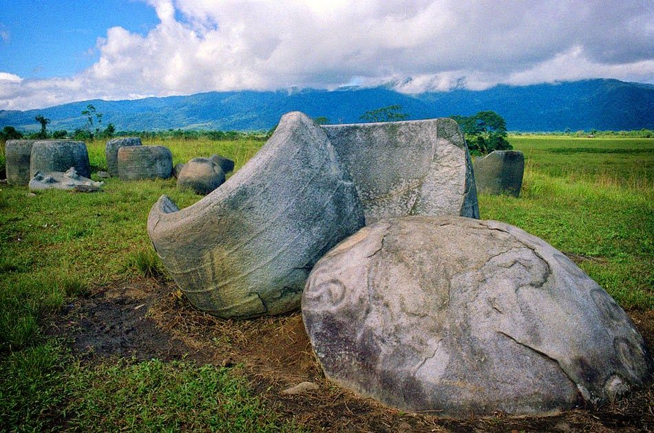 9 Days Bada and Besoa Trekking and Megalithic Sites, Central Sulawesi