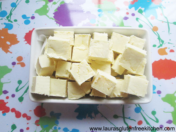 2 ingredient Vanilla Fudge