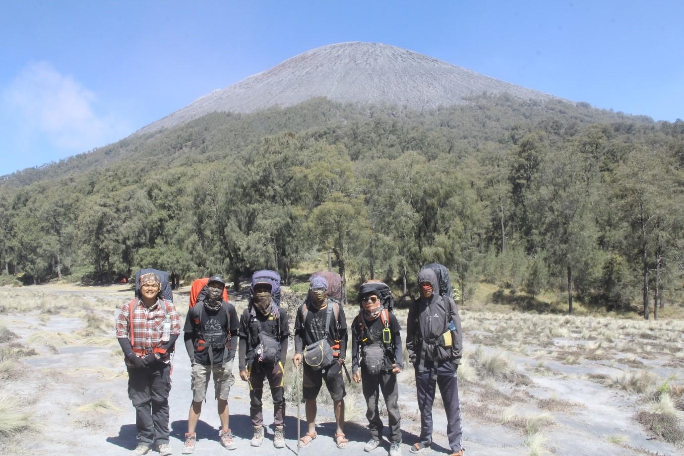 Gunung Semeru R A S