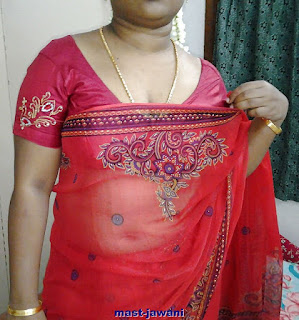 shalli remove my red saree and red blouse and shpw my choochi and chuth and nanga badan north indian hot lady from bengalore karnataka