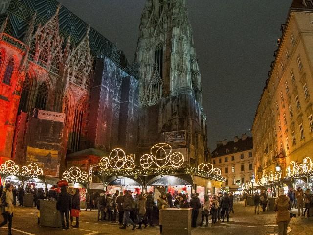 mercatini-di-natale-a-vienna-stephansplatz-poracci-in-viaggio