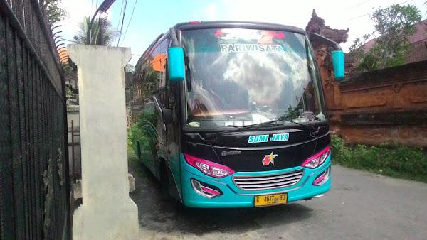 Sewa Bus Pariwisata Murah Medium Di Kelurahan Jajartunggal<br /> Surabaya