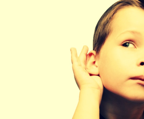 Como detectar os problemas de fala e escuta das crianças